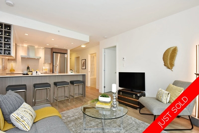 False Creek Condo for sale: View, Corner, 2 bedroom and Den, Lg Patio (Listed 2018-03-27)